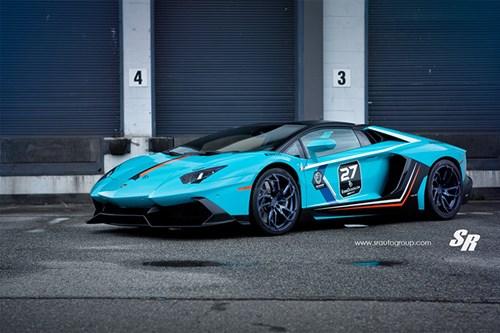 can-canh-sieu-bo-xanh-aventador-roadster-cuc-chat-hinh-2